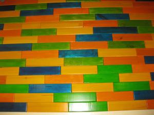 Разноцветный деревянный пол своими руками